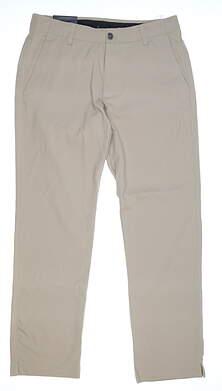 New Mens Under Armour Showdown Golf Pants 40x32 Khaki MSRP $80
