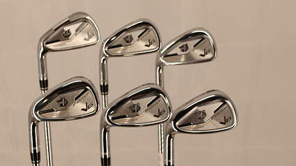 Wilson Staff FG Tour V6 Iron Set 5-PW Dynamic Gold AMT R300 Steel Regular Left Handed 38.0in